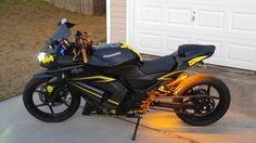 ninja 250 custom Stretched and lowered Kawasaki 250, Kawasaki Ninja, Custom Sport Bikes, Motorcycles, Car Stuff, Wheels, Motorbikes, Motorcycle, Choppers