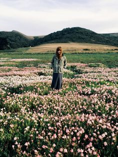 wanderlust travel photography nature adventure city quotes sea sky hike camp hair fashion flower
