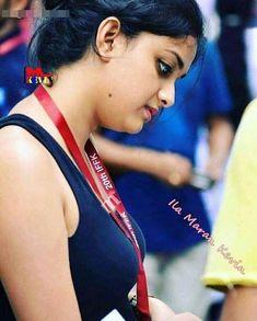 Keerthi Suresh Shy Look Beautiful Girl Indian, Most Beautiful Indian Actress, Beautiful Saree, Beautiful Actresses, Men's Fashion, Fashion Week, Keerthy Suresh Hot, Keerti Suresh, Hot Actresses