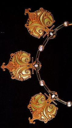 Rene Lalique, Three Pomegranates Necklace: chased gold, translucent enamel on gold, pearls, opals. France, 1897.