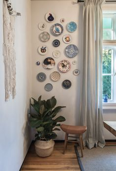 Doch alle Teller an der Wand oder wie installiert man eine Tellerwand.
