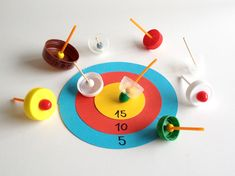 schaeresteipapier: DIY spinning tops - game boards