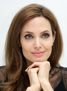 angelina jolie hairstyles | hairstyle angelina jolie resolution 592x800 categories women hairstyle ...
