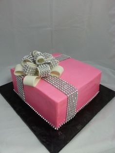 Glam Ribbon Cake - via Pretty Cakes, Cute Cakes, Beautiful Cakes, Bling Wedding Cakes, Fall Wedding Cakes, Gift Box Cakes, Gift Cake, Bolo Picnic, Fondant Cakes