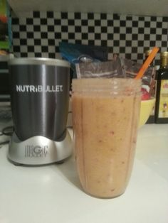 Cantaloupe, pear, red grapes & water to blend. Holy goodness!