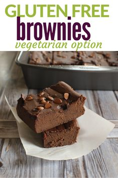 Naturally gluten free, yet so chocolatey and fudgy. These brownies have a secret ingredient that makes them so good! #brownies #vegetarian #vegan #easybrownies #glutenfreebrownies #flourlessblackbeanbrownies Best Gluten Free Recipes, Gluten Free Desserts, Sweet Recipes, Real Food Recipes, Snack Recipes, Bean Recipes, Easy Snacks, Yummy Snacks, Best Pans