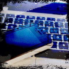 Day 23: technology #photoadayMay #apple #iphone #macbook