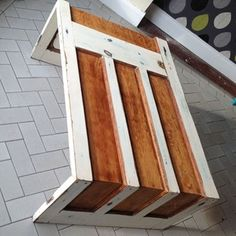 Upcycle! Easy ideas from five-minute fixes to renovating furniture