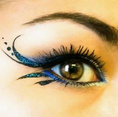 Wedding Makeup ~ good for a peacock theme maybe?