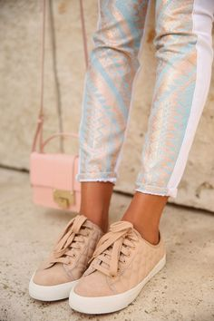 VIVALUXURY - FASHION BLOG BY ANNABELLE FLEUR: PASTEL PAIRINGS: TORY BURCH CASPE SNEAKERS & JIMMY CHOO REBEL BAG