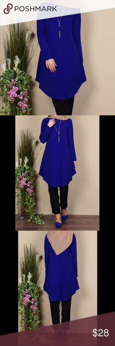 Saxon Blue Tunic with necklace Accessories:Buttons Unlined Necklace Sleeve:Long sleeve Fabric:Crepe Fabric Lenght   :       95 Color:Saxon blue New with tags  There is a necklace on the product. It has a plain appearance. The Zero collar is preferred for all types of clothing. & Other Stories Tops Tunics