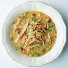 下腹がやせる!10分でつくれる1週間低糖質スープダイエット (サンキュ!) Low Carb Soup Recipes, Diet Recipes, Healthy Recipes, Home Recipes, Asian Recipes, Ethnic Recipes, Healthy Plate, Low Carbohydrate Diet, No Cook Meals