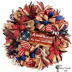 Patriotic Crafts, Patriotic Wreath, 4th Of July Wreath, Creative Gift Packaging, Deco Mesh Wreaths, Burlap Wreaths, Memorial Day Wreaths, Welcome Wreath, Trendy Tree