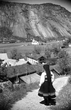 Galleri NOR Valle 1943 History Of Norway, My Heritage, Folklore, Old Photos, American Girl, Travel, Photos, History, Culture