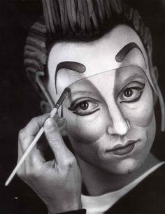 Male Makeup, Clown Makeup, Costume Makeup, Halloween Face Makeup, Circus Art, Circus Theme, Art Du Cirque, Pierrot, Circus Performers
