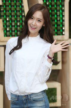 韓国・ソウル(Seoul)の瑞草文化芸術公園(Seocho Art & Culture Park)で開催された「イニスフリープレイ・グリーン・フェスティバル(Innisfree Play Green Festival)」に臨む、ガールズグループ「少女時代(Girls' Generation、SNSD)」のユナ(Yoona、2014年9月27日撮影)。(c)STARNEWS ▼4Oct2014AFP|少女時代ユナ、さわやかファッションでイベントに登場 ソウル http://www.afpbb.com/articles/-/3027624 #Im_Yoona #Im_Yoon_Ah #임윤아 #林潤娥 #소녀시대_윤아 #SNSD_Yoona #少女時代_潤娥