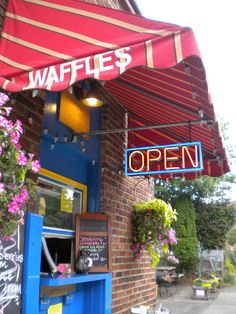 waffle window in portland, close to the real belgian waffles! Portland Oregon, Portland Eats, Portland Restaurants, Great Places, Beautiful Places, Places To Travel, Places To Go, Small Town Girl, Oregon Travel