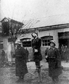 Novi Sad, Yugoslavia​, Lili Boehm is being hanged by Hungarian soldiers, 25/11/1941​.