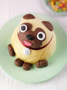 Meet Pablo the pug cake - Pubg Pic Pretty Cakes, Cute Cakes, Puppy Dog Cakes, Pug Cake, Puppy Birthday, 7th Birthday, Birthday Ideas, Birthday Cake, Cute Pugs