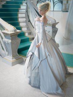 Princess Luna of Tenebrae, wedding dress.