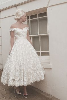 Cheap wedding dress, Buy Quality short wedding dress directly from China ivory lace dress Suppliers: Short Wedding Dresses 2015 New Off Shoulder Ivory Lace Dresses of Bride Custom Backless Tea Length Wedding Gowns Buttons Back 2015 Wedding Dresses, Bridal Dresses, Wedding Gowns, Lace Wedding, Wedding Vintage, Trendy Wedding, Wedding Dress For Short Women, Vintage Lace, 50s Style Wedding Dress