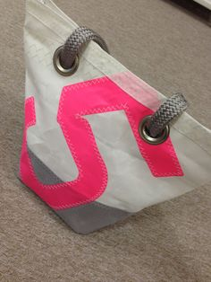 Hand bag by 727 Sailbags. Created with recycled sails. Unique bag. £ 115
