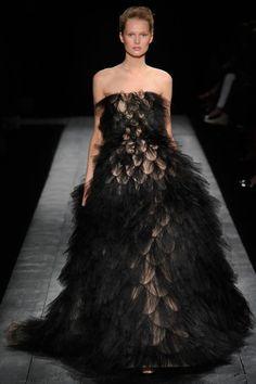 Toni Garrn | Valentino  Fall 2009 Couture - La Trahison des Images