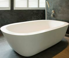 Dada Acanthus Freestanding bath Even bigger than the Angela