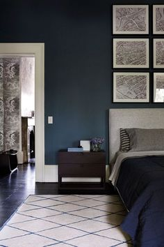 A masculine bedroom is a place where a lifestyle emerges. We've have picked some amazing masculine bedroom design ideas for you. Blue Bedroom Decor, Decoration Bedroom, Bedroom Paint Colors, Home Bedroom, Paint Colours, Indigo Bedroom, Master Bedroom, Wall Colors, Modern Victorian Bedroom