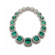 David-Yurman http://www.vogue.fr/mode/shopping/diaporama/cadeaux-de-noel-feu-vert/10977/image/652984#david-yurman