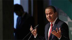 Campos oferecia opção à polarização PT-PSDB, dizem analistas - BBC Brasil - Notícias