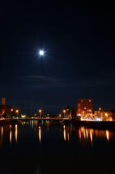 青森市堤橋と月…3