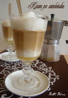 Kuchnia Betti: Kawa po wiedeńsku I Love Coffee, Hot Coffee, Iced Coffee, Coffee Candy, Coffee Ice Cream, Hurricane Glass, Latte, Coffee Maker, Drinks