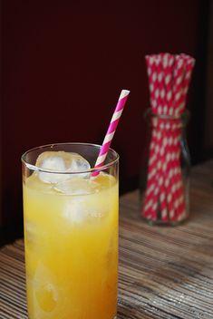 Passion Fruit Lemonade by alwaysorderdessert #Passion_Fruit #Lemonade #alwaysorderdessert