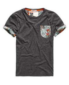 Honolulu Roll T-shirt - Mens Fishing Shirts - Ideas of Mens Fishing Shirts - Superdry Honolulu Roll T-shirt Estilo Tomboy, La Mode Masculine, Superdry Mens, Herren Outfit, Polo T Shirts, Fishing Shirts, Shirt Designs, Men Casual, Menswear