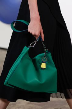 Boss Spring 2017 Ready-to-Wear Accessories Photos - Vogue