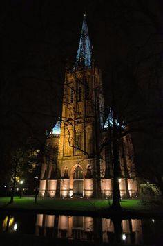 St. Nicolas basilic by light. December 2015 by Erik van Riessen