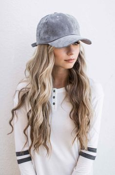 Can someone tell me how to get this hair???