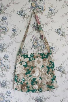 The original 'Meandering' bag from The Linen Garden Collections. When not in use simply hang on your wall like a painting. Name: COROT Style: Meander (large) Fabric Bags, Winter Collection, Bag Making, Reusable Tote Bags, Suitcases, Department Store, Create, Armoire, How To Make