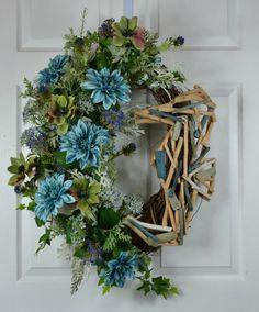 Nautical Seahorse Wreath - Nautical Ocean Decor - Front Door Wreaths - Driftwood Decor - Driftwood Outdoor Decorations - Summer Ocean Wreath