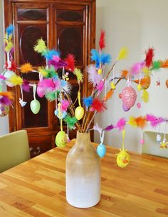 Swedish Easter Tradition: Paskris (birch twigs decorated with colorful feathers) | DIY
