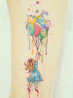 Tatuagem aquarela: já ouviu falar?Técnica bafônica do momento, a tatuagem aquarela (ou watercolor tattoo), como o nome diz, reproduz o traço fluido de um desenho feito com tinta aquosa...