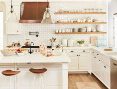 Decorating ideas for the home with tips from interior designers over at Homepolish.