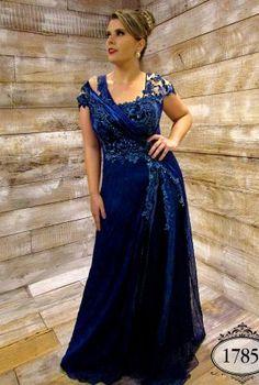 Coleção Ouro - Vestidos Plus Size - Aiza Collection Vestidos Plus Size, Plus Size Dresses, Long Dresses, Formal Dresses, Wedding Dresses, Plus Size Girls, Plus Size Women, Plus Size Summer Outfit, Curvy Bride