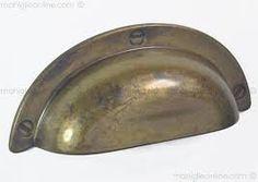 Risultati immagini per maniglie per mobili antichi