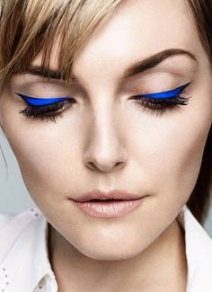 electric blue cat eye