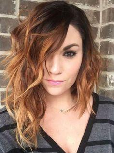 cabello ondulado media melena