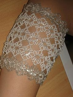 Sandra D Halpenny - Free Bead Patterns and Ideas : Round Lace Bracelet FREE Pattern