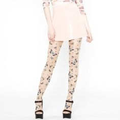 Bubble gum pink velvet 90s skater skirt Stretchy waist. And high waisted. Mini skater skirt. Reminds me of Britney Spears in her earlier music videos. Never worn out.    📲 FOLLOW ME ON INSTAGRAM christinalynn4991 Skirts Circle & Skater