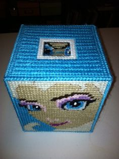 Plastic canvas tissue box top view- Disney's Frozen.